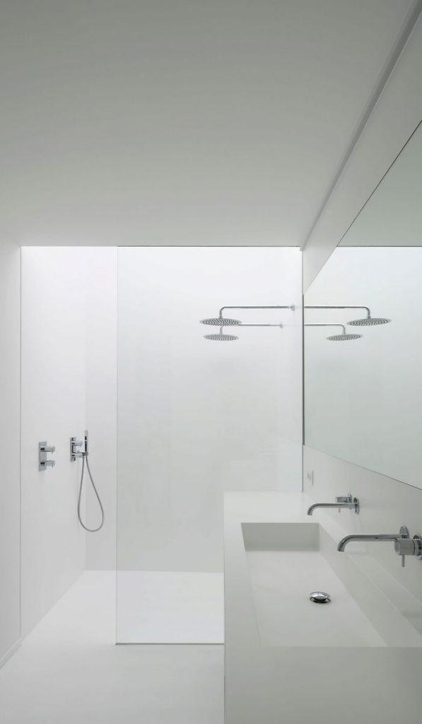 Stunning simple bathroom