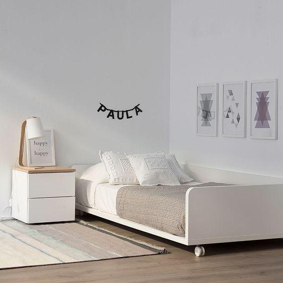 Minimalist Interior Design Simple furnishing in kids bedroom