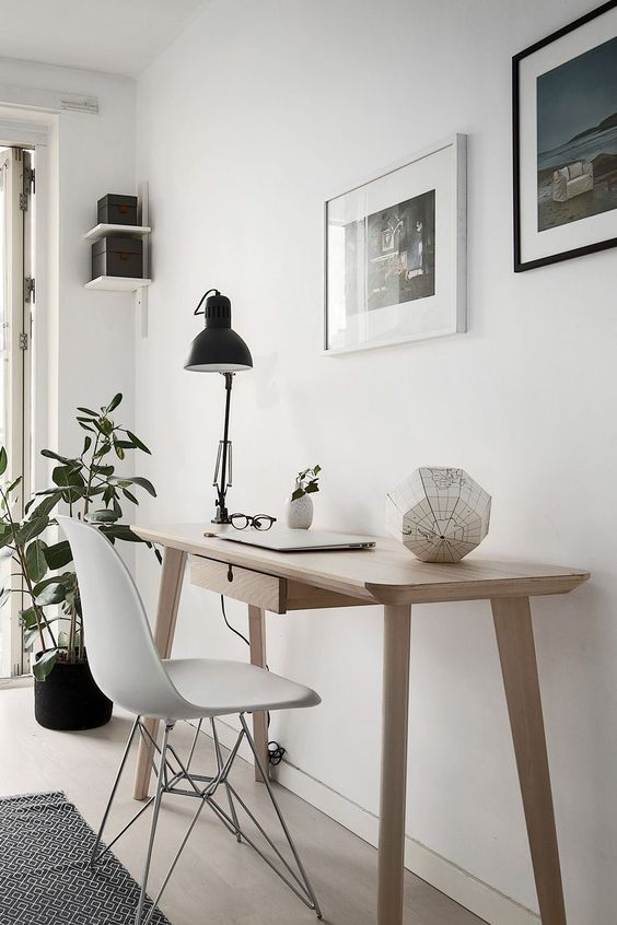 Clean and easy to assemble, Scandinavian decor is superb for a home office